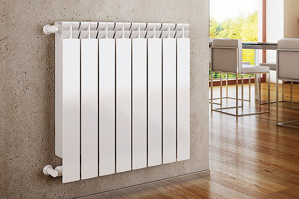 Bimetaliska radiatoru nomaiņa
